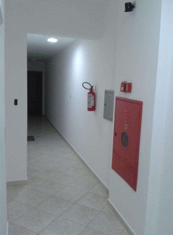 Empresa de Pintura Exteriores para Edifícios no Jardim Santo Alberto - Pintura Rápida em Edifícios