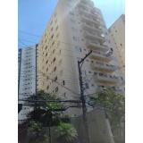 pinturas de fachadas de edifícios altos na Vila Humaitá