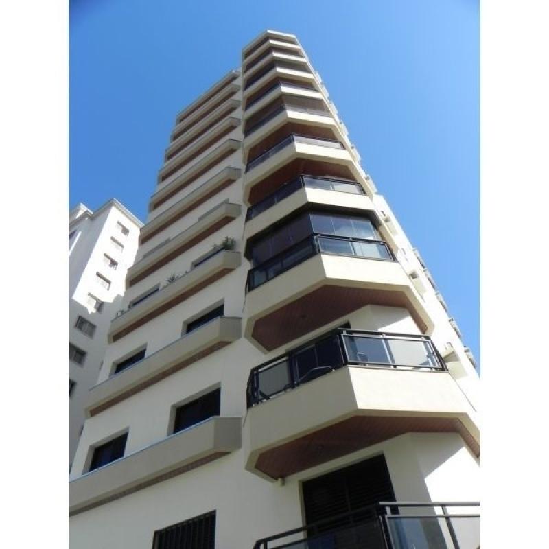 Empresa de Pintura de Fachada para Edifícios Comercial na Vila Linda - Pintura na Parede de Prédio