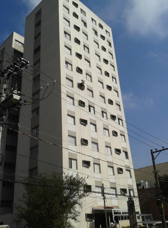 Pintura Rápida em Edifícios  Preço no Jardim Santo Antônio de Pádua - Pintura na Parede de Edifício
