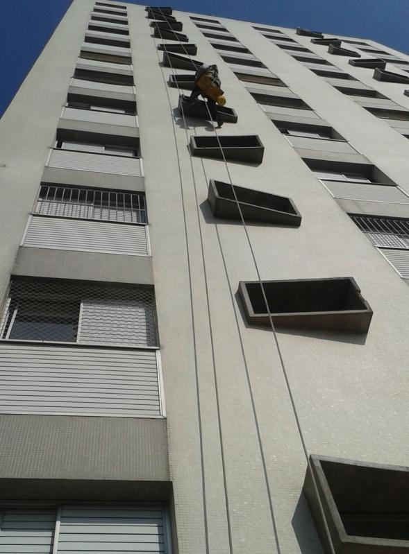 Pintura Rápida em Edifícios no Parque das Américas - Pintura na Parede de Edifício