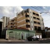 pinturas em edifícios residenciais na Vila Santa Tereza